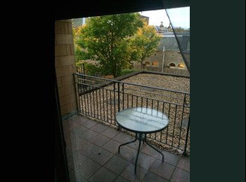 Lovely One Double & single-Room Close to City Centre,G1.