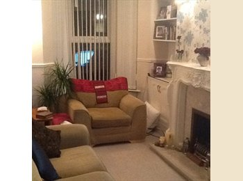 Double Room in Shared House close to Lark Lane Area