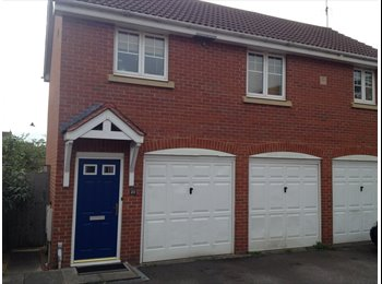 EasyRoommate UK - Spacious one bedroom appartment , Warwick - £695 pcm