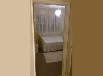 EasyRoommate UK - Room for rent NEW BARNET, London - £510 pcm