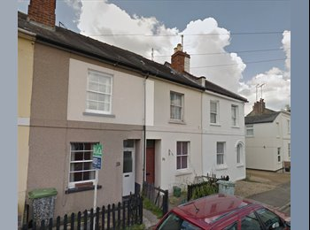 EasyRoommate UK - 3 BED PROPERTY in desperate need of occupancy! , Cheltenham - £395 pcm