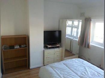 EasyRoommate UK - Double room to let, Birmingham - £325 pcm