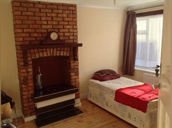 A BEAUTIFUL DOUBLE ROOM IN HAYES FOR £600PCM ALL INCLUSIVE!