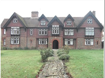 Four Double bedrooms in a Flat within a Country House