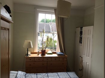 Room to Rent in Balham - Close to Station