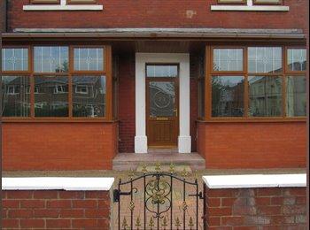 EasyRoommate UK - Available Property, Preston - £325 pcm