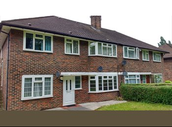 Lovely Bright 2 Double Rooms near Wembley Park/Preston Road...