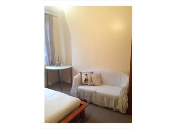 Lovely, DOUBLE ROOM in WESTMINSTER !!