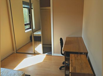 Double Room available for Students in Kinning Park