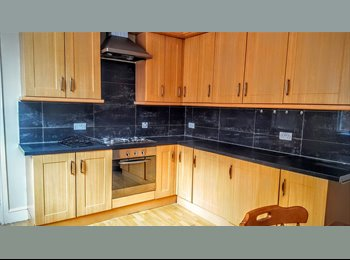 FULLY REFURBISHED 3 BEDROOM HOUSE - CITY CENTER
