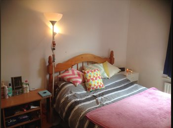 EasyRoommate UK - Double room to rent in Willesden Green, London - £525 pcm