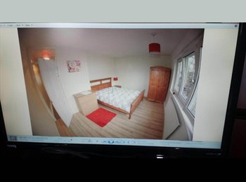 EasyRoommate UK - Amazing double room available, Londra - £700 pcm