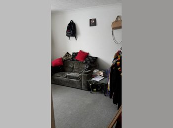 EasyRoommate UK - large double room, London - £600 pcm