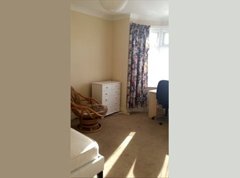 FLATMATE WANTED URGENTLY FOR 2 BED FLAT WINTON, BOURNEMOUTH