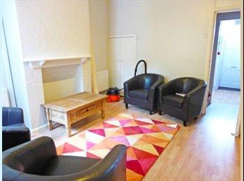 EasyRoommate UK - Single room in Harborne, all bills inc, great location, Birmingham - £325 pcm