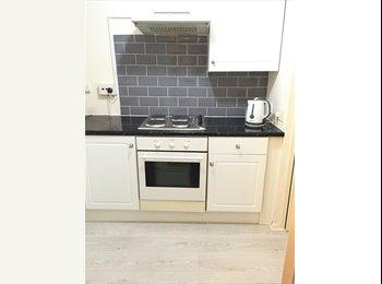 2 single bedroom ground floor flat