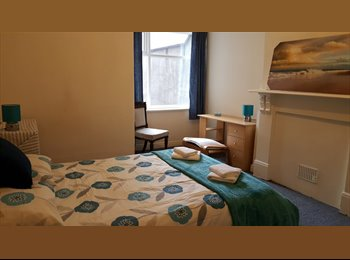 EasyRoommate UK - Double Room to Let in a 6 Bed Professional House Share, Bristol - £450 pcm
