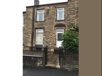 Huge Double Bedroom to let Fully Furnished....