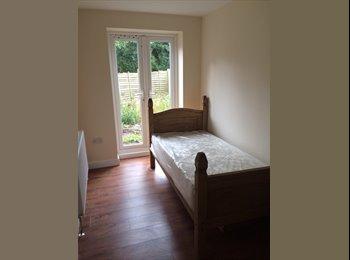 EasyRoommate UK - £99 Double -Ensuite Rooms-Bills Included , Birmingham - £430 pcm
