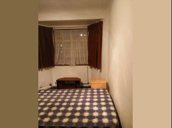 Very Clean Double Room to Rent in Stratford close to...