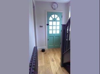 EasyRoommate UK - Double Room in Modern Home, Birmingham - £500 pcm