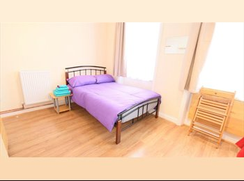 Extra Large Double Room near Walthamstow Station