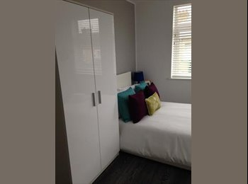 EasyRoommate UK - Modern Furnished Rooms With Ensuite Available Now in Woodston, Peterborough, PE2, Peterborough - £450 pcm