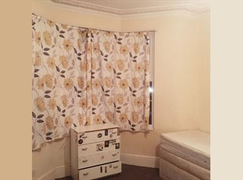 Double & King Size Rooms in East London