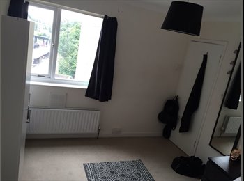 Furnished room for short let in East London Zone 3