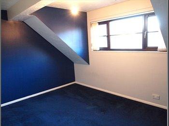 EasyRoommate UK - Double Rooms to Rent in Kenwyn Road, Dartford!!!, Dartford - £550 pcm