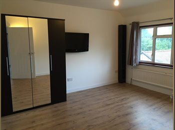 Newly Refurbished, Spacious Double Room