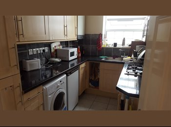 (DOUBLE ROOM FOR SINGLE USE!!!WILLESDEN GREEN!!!