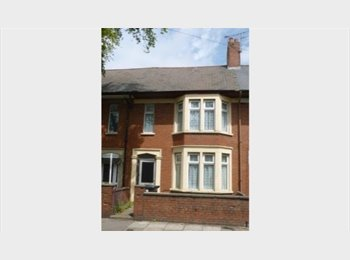 EasyRoommate UK - A brilliant fully fitted house with large bedrooms - FULL TIME STUDENTS ONLY, Cardiff - £270 pcm