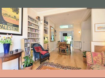 Large double in a beautiful house with garden