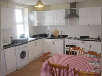 EasyRoommate UK - Double room available in a 4 bedroom house share., Pontypridd - £260 pcm