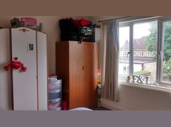 EasyRoommate UK - DOUBLE ROOM IN TEMPLE COWLEY, Oxford - £630 pcm
