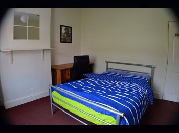 EasyRoommate UK - Beautiful Room in Fallowfield UP FOR GRABS!!, Manchester - £390 pcm