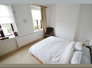 EasyRoommate UK - LARGE DOUBLE ROOM - Portishead, Bristol, Portishead - £450 pcm