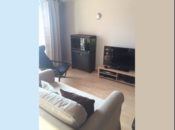 EasyRoommate UK - Double Room available in recently modernised flat, Chinnor - £520 pcm