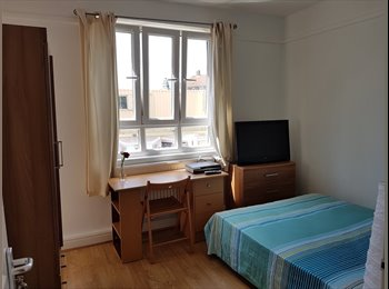 REFURBISHED 4 BED ROOMS HOUSE IN HAMMERSMITH