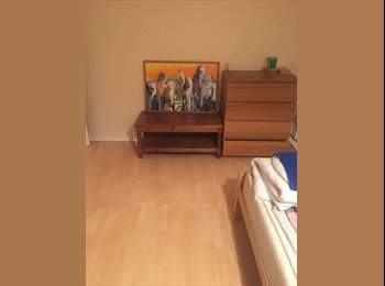 Beautiful Room share with another female in Canning Town