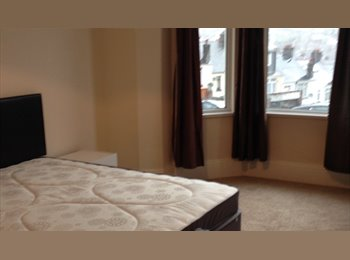 Double rooms in Professional Shared House