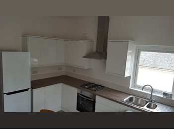 BEAUTIFUL 3 bed shared accommodation to rent - ALL BILLS...