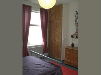 Fantastic double room to let in beautiful house!