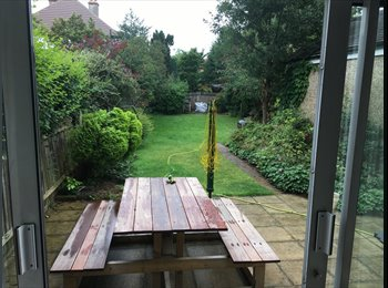 EasyRoommate UK - Bright sunny double room in friendly house share , London - £590 pcm