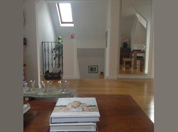 EasyRoommate UK - Double bedroom with own batroom , London - £1,100 pcm