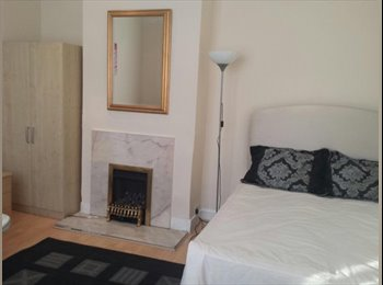 Double room available in Walthamstow