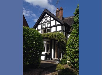 EasyRoommate UK - Monday to Friday Let in Beautiful Cottage, Sandbach - £400 pcm