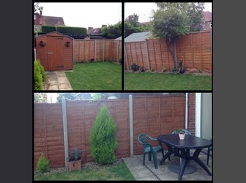 Double Room in Winchmore Hill / Enfield Town - large house...