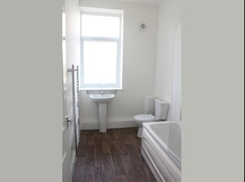 EasyRoommate UK - House share available , Preston - £330 pcm